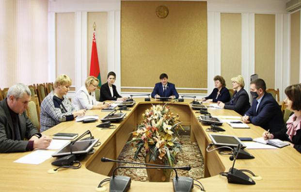 11 ноября 2020 года под председательством И.А.Марзалюка состоялось заседание Постоянной комиссии Палаты представителей по образованию, культуре и науке.