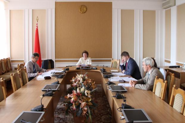 Под председательством Е.П.Колеснёвой состоялось заседание рабочей группы Постоянной комиссии Палаты представителей по образованию, культуре и науке.